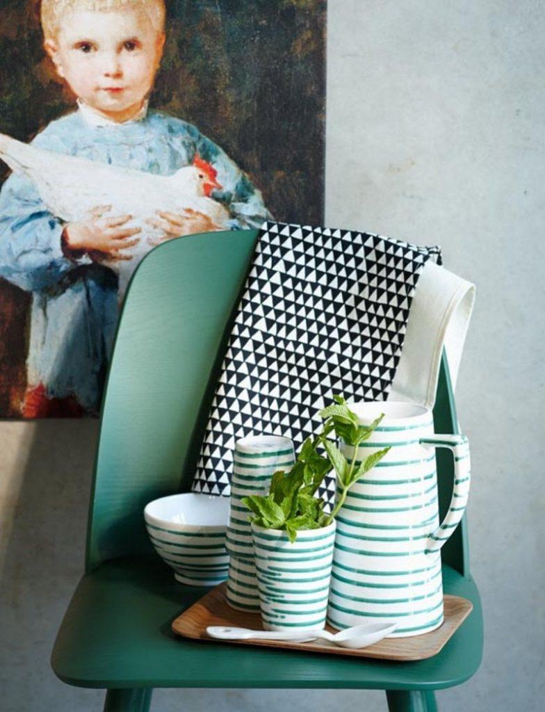 84899_lah-201309-trendfarbe-smaragd-gruen-stuhl  50er Jahre Charme mit Smaragdgrün 84899 lah 201309 trendfarbe smaragd gruen stuhl