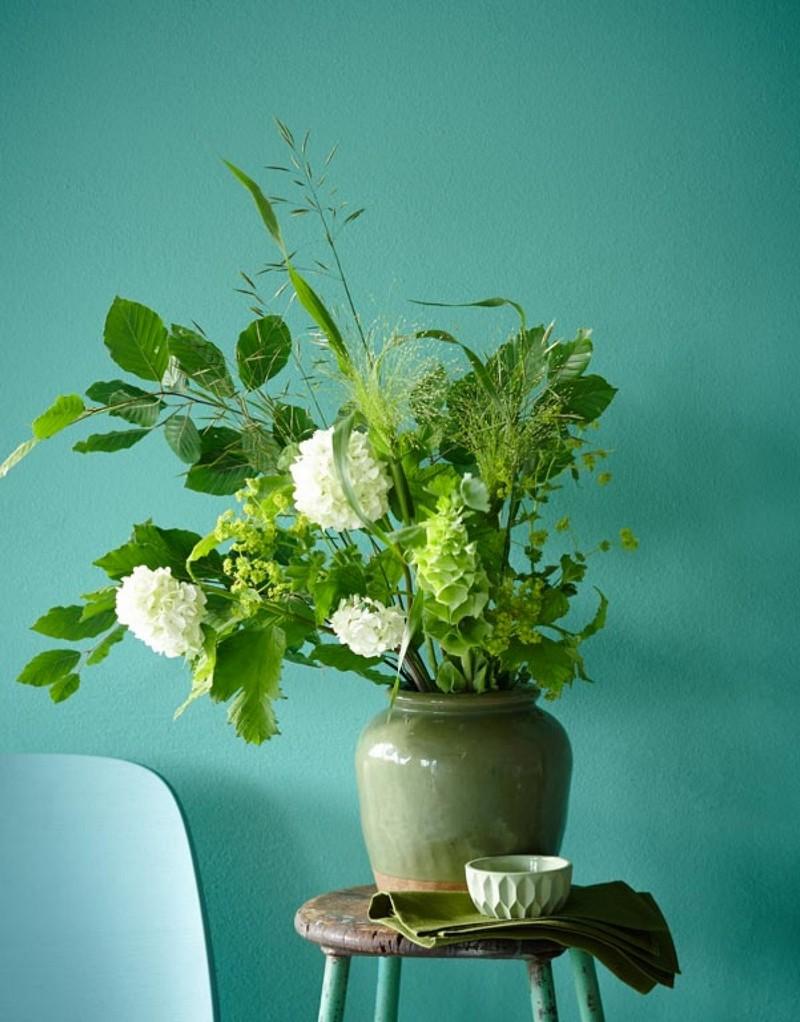 84900_lah-201309-trendfarbe-smaragd-gruen-wandfarbe  50er Jahre Charme mit Smaragdgrün 84900 lah 201309 trendfarbe smaragd gruen wandfarbe