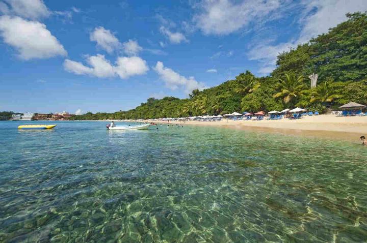 Top 8 Luxusreisen  TOP 8 LUXUSREISEN Puerto Plata dominikanische