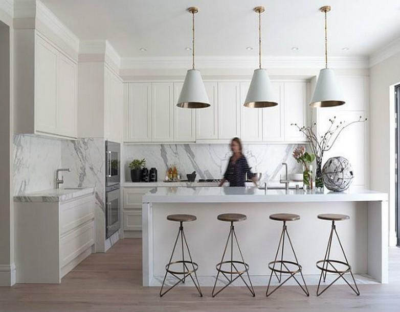 TOP-10-MODERN-SUSPENSION-LAMPS-chandeliers-in-a-kitchen  Top 10 moderne Hängelampen TOP 50 MODERN SUSPENSION LAMPS chandeliers in a kitchen