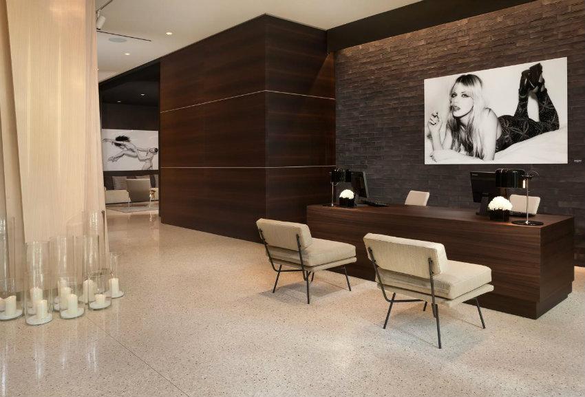 IL DUCA Design Hotel - ein luxus Wochenende in Mailand IL DUCA IL DUCA Design Hotel - ein luxus Wochenende in Mailand Aura Managers Desk touch