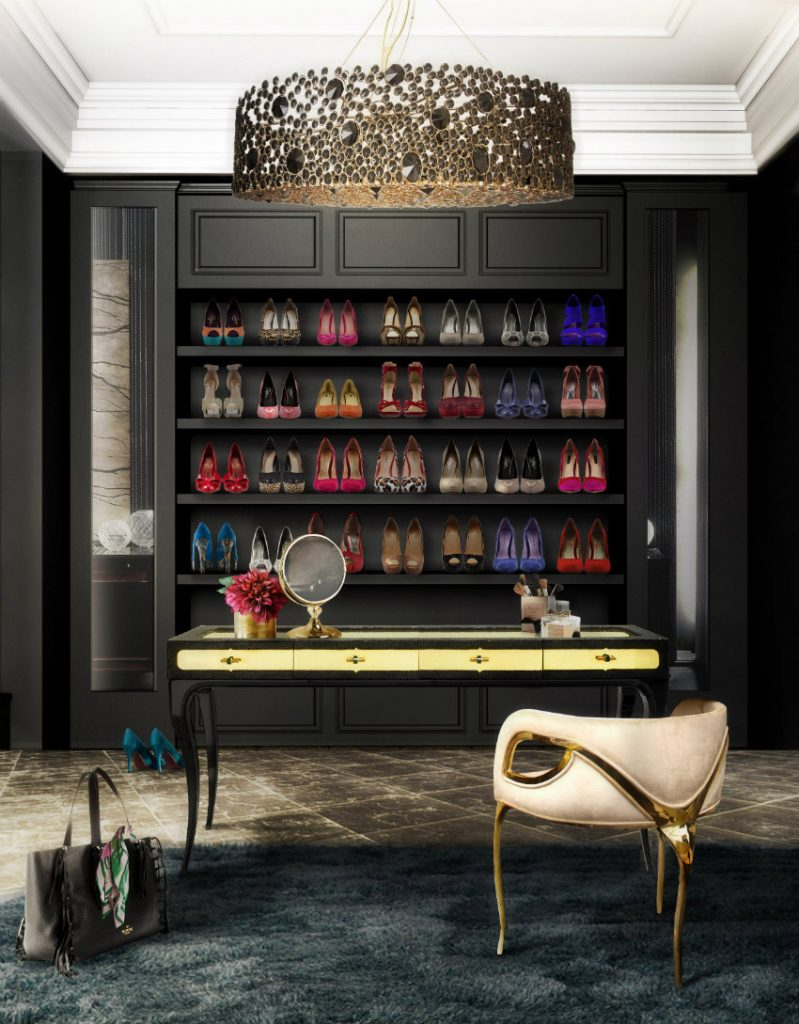 Top 10 moderne Kleiderschränke für das Master Schlafzimmer moderne Kleiderschränke Top 10 moderne Kleiderschränke für das Master Schlafzimmer eternity chandelier chandra chair exotica desk koket projects