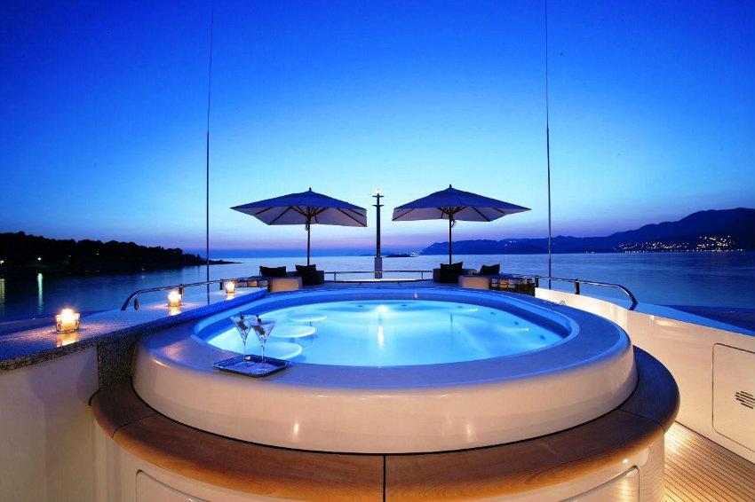 Das Leben auf einer Yacht luxusyacht Das Leben auf einer Luxusyacht Das Leben auf einer Luxusyacht 4