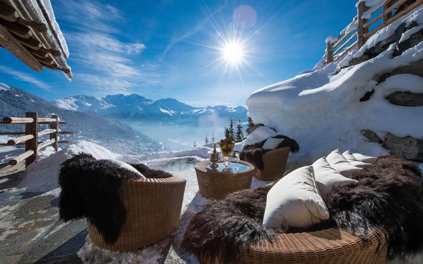 chalet-les-trois-couronnes_1 chalets 5 atemberaubende Chalets in der Schweiz Chalet Les Trois Couronnes 1 Winterflucht Ideen für die perfekte Winterflucht Chalet Les Trois Couronnes 1