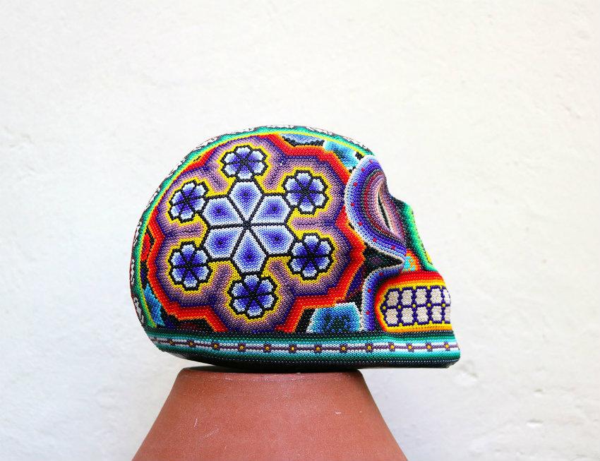 calavera-huichol-artisanat-mexicain-pi-project maison et objet Verrückte Dinge, die wir in Maison et Objet gefunden haben calavera huichol artisanat mexicain pi project