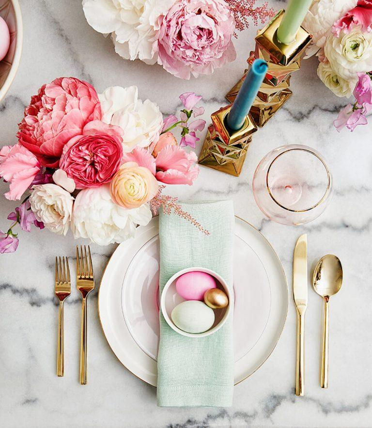 ostern Inspirationen und Ideen für ein luxuriöses Ostern Emily Henderson Easter Table Setting1  1