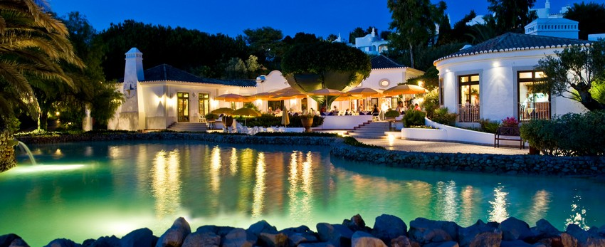 Osternferien 2017 osternferien Top 5 Luxuriöse Frühling Hotels für Osternferien 2017 The Family Resort Vila Vita Parc Porches