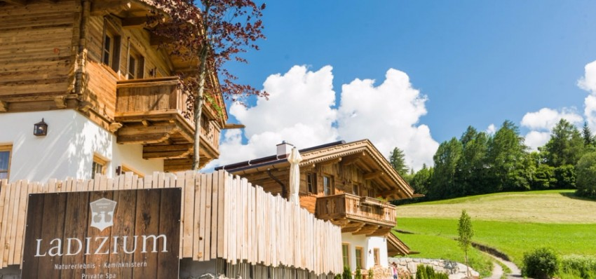 TOP 15 atemberaubende Plätze für Sommerurlaub in der Natur  chalets TOP 15 atemberaubende Chalets für Sommerurlaub in der Natur Serfaus Fiss Ladis in Tirol H  ttendorf Ladizium