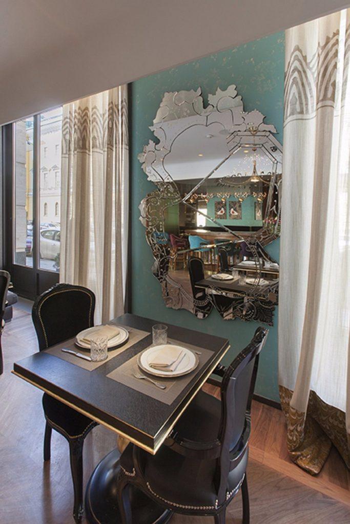 Wesentlich Ideen zum Bars & Restaurants Dekoration tipps und möbel Wesentliche Tipps und Möbel zum Bars & Restaurants Dekoration restaurant boca do lobo venice mirror