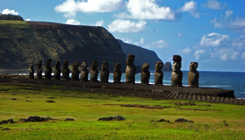 Entdecken Sie 7 anspruchsvolle Reiseziele  Architektur Entdecken Sie 7 anspruchsvolle Reiseziele für Architektur-Lovers easter islands
