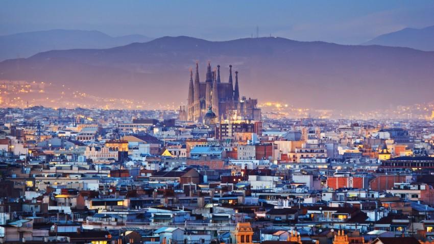 Entdecken Sie 7 anspruchsvolle Reiseziele  Architektur Entdecken Sie 7 anspruchsvolle Reiseziele für Architektur-Lovers spanien