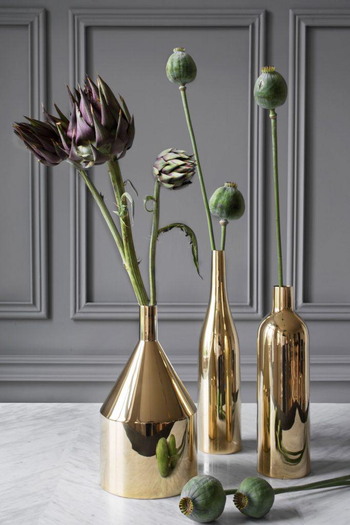Herbstdeko Schöner Wohnen: außergewöhnlichen Tipps für ein Herbstdeko Skultuna polished brass Golden Vases Bottles still07