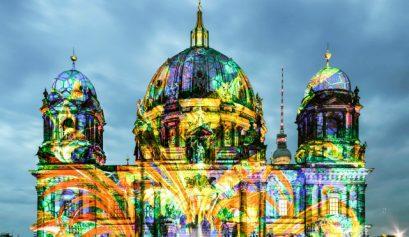"festival of lights 7 erstaunlich Stehlampen für ein eigenes ""Festival of Lights"" berliner dome illuminated during festival of lights shutterstock 215576320 editorial only anyaivanova 2 1 409x237"