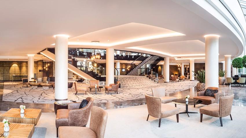 Wo in Köln zu bleiben  IMM 2018 Wo in Köln für IMM 2018 zu bleiben Hyatt Regency Cologne P313 Lobby Panorama