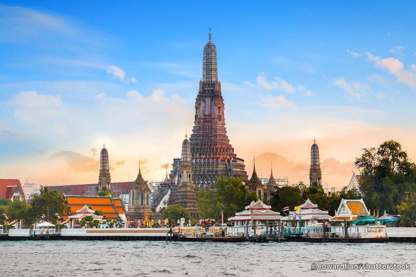 Exotische Luxus Plätze frohes Neues Jahr Exotische Luxus Plätze für ein frohes Neues Jahr wat arun in bangkok