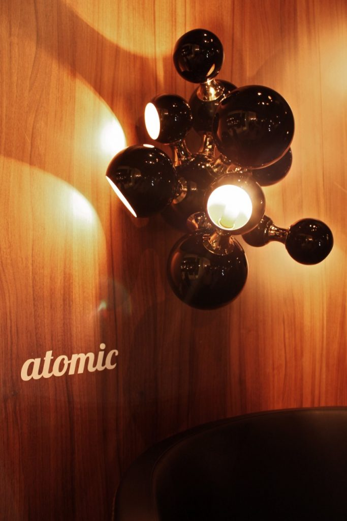 Wo die exklusivsten Wandlampen Stücke in IMM Cologne zu finden imm cologne Wo die exklusivsten Wandlampen Stücke in IMM Cologne zu finden atomic wall ambience 02 HR 1
