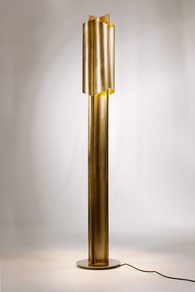 Weihnachtsdekor: Leuchten Sie Ihr Wohnzimmer mit stilvollen Luxus Lampen weihnachtsdekor Weihnachtsdekor: Leuchten Sie Ihr Wohnzimmer mit Luxus Lampen cyrus floor light 7 HR