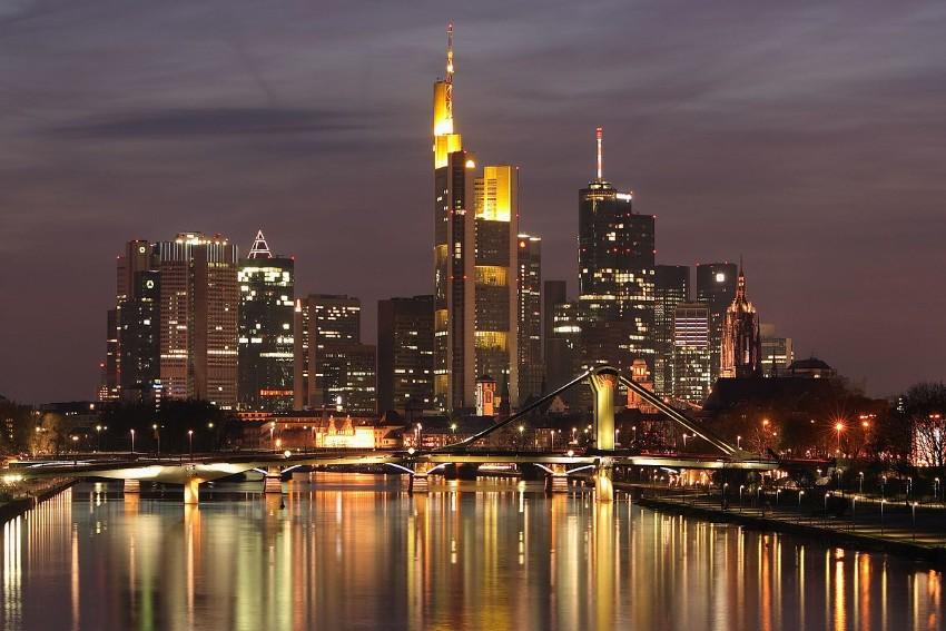 Frankfurt muss vorbereitet sein: Light + Building ist fast schon da light + building Frankfurt muss vorbereitet sein: Light + Building ist fast schon da Skyline Frankfurt am Main