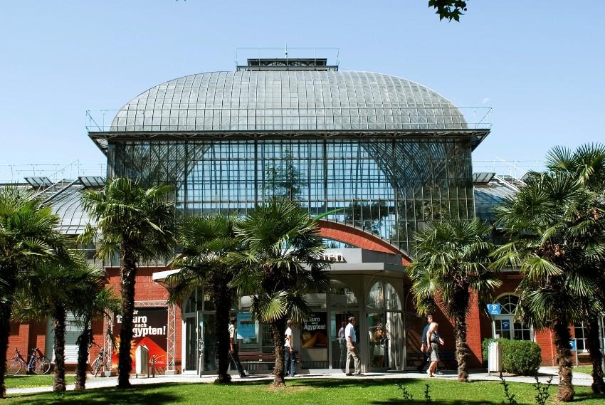 Wo in Frankfurt während der Messe zu gehen light + building Wo in Frankfurt während Light + Building zu gehen palmen garten new palmengarten botanical gardens frankfurt exotic flora and fauna of palmen garten