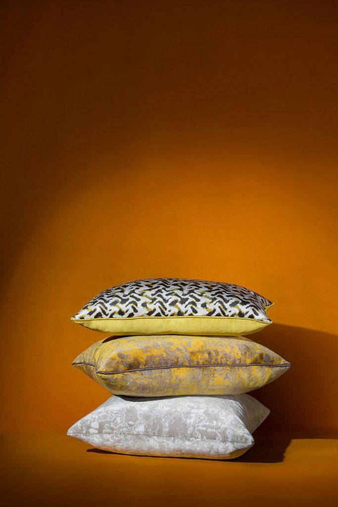 Die Top-Frühlings-Design-Trends, die Sie nicht verpassen können frühlings-design-trends Die Top-Frühlings-Design-Trends, die Sie nicht verpassen können BRABBUs Eclectic Pillows 2