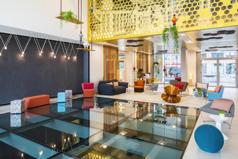 hotel interior design Entdecken Sie die besten Hotel Interior Design Projekte von Joi-Design Joi Design Beste Hotel Interior Design Projekte Capri by Fraser Berlin 01