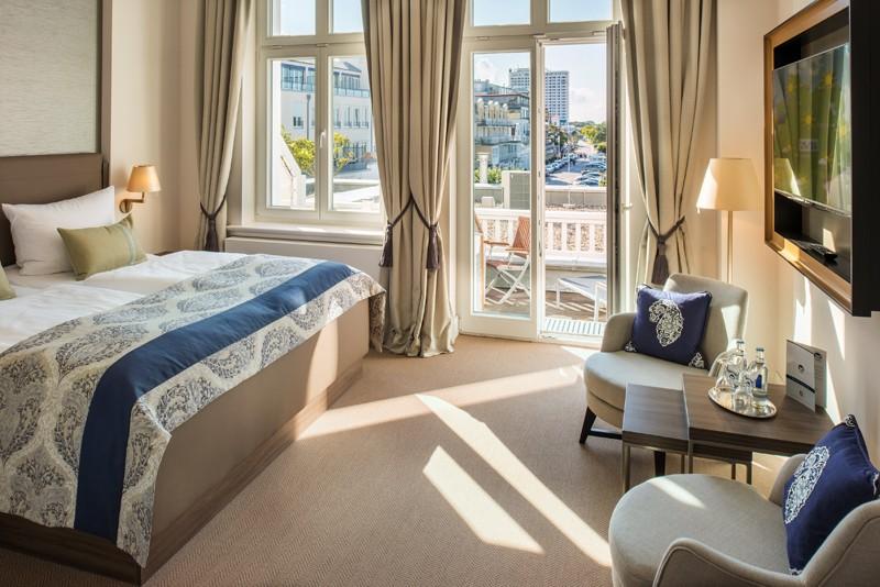 hotel interior design Entdecken Sie die besten Hotel Interior Design Projekte von Joi-Design Joi Design Beste Hotel Interior Design Projekte Hotel am Leuchtturm 04