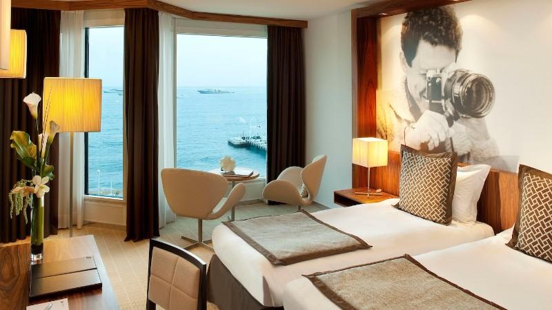 hotel interior design Entdecken Sie die besten Hotel Interior Design Projekte von Joi-Design Joi Design Beste Hotel Interior Design Projekte JW Marriott Cannes 02