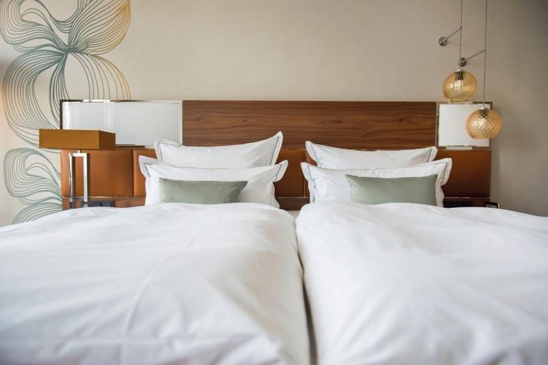 hotel interior design Entdecken Sie die besten Hotel Interior Design Projekte von Joi-Design Joi Design Beste Hotel Interior Design Projekte Reichshof Hamburg 04