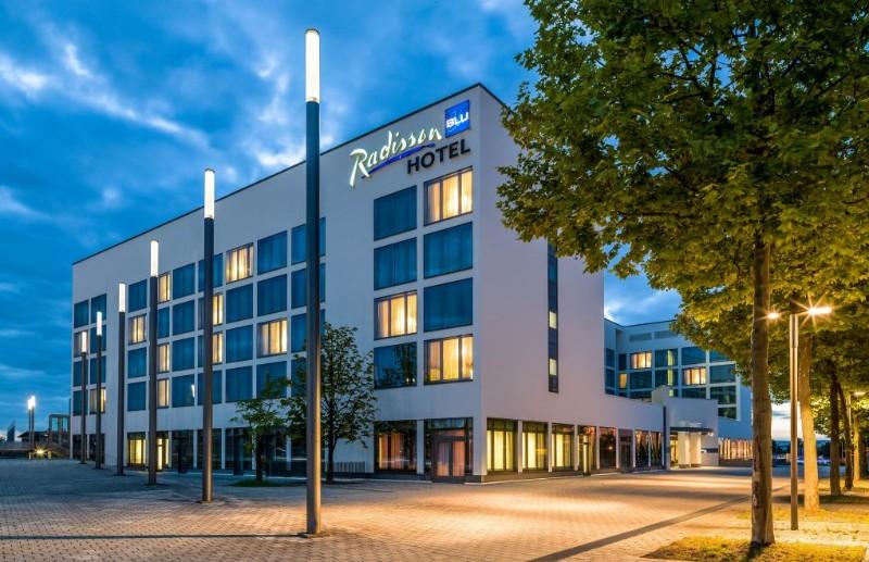 Mitte Jahrhundert Hotels in Deutschland mit der besten Beleuchtung! mitte jahrhundert hotels Mitte Jahrhundert Hotels in Deutschland mit der besten Beleuchtung! 7 4