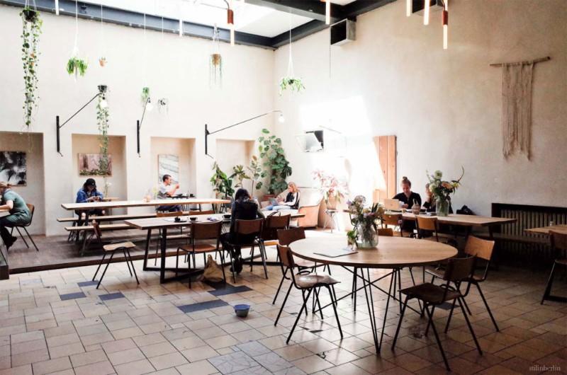 Den 5 besten Innenarchitekten in Berlin: Denken Sie an die Renovierung Ihres Hauses! besten innenarchitekten in berlin Den 5 besten Innenarchitekten in Berlin: Denken Sie an die Renovierung Ihres Hauses! american 1